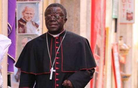 """""""Nous avons un seul pays, appelé le Ghana, et ce pays est la seule maison que nous ayons"""",  Mgr Joseph Osei-Bonsu"""