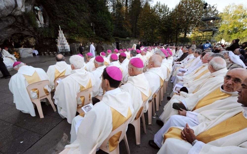 Reprise des cultes le 2 juin: la vive déception des évêques de France