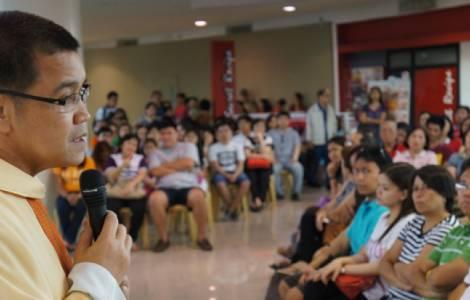 Philippines: Alliance entre l'Eglise et l'Etat en vue de la création de «zones de paix» libérées de la drogue