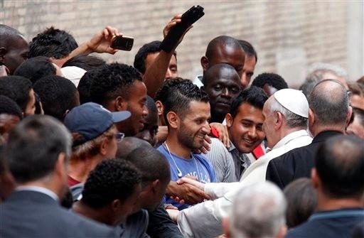 Le pape invite à la prudence dans l'accueil des réfugiés