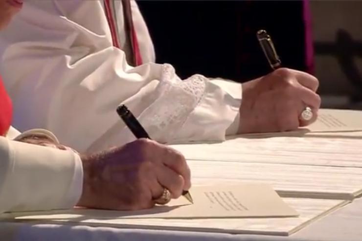 Déclaration de Lund signée par le pape François et le président de la FLM, l'évêque Munib Younan