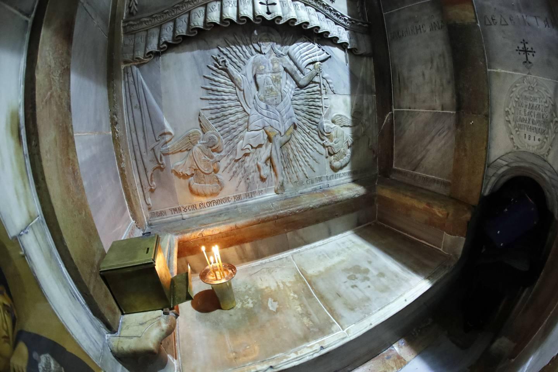 Phénomènes surnaturels lors de l'ouverture du Tombeau du Christ?