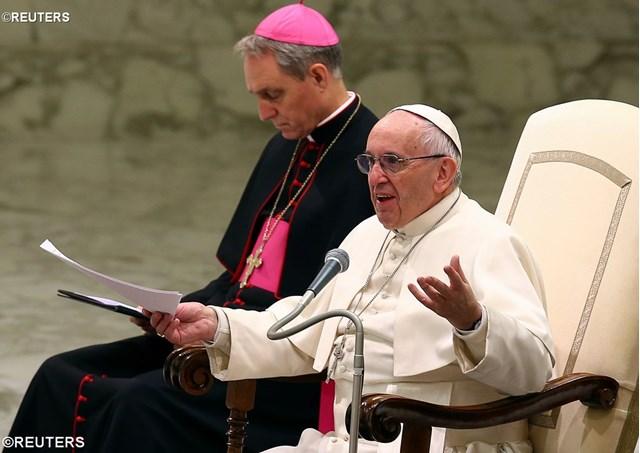 Le pape a donné sa dernière catéchèse de la miséricorde: prier pour les défunts