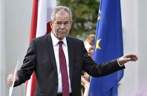 Le card. Schönborn félicite le président-élu Van der Bellen