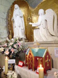 L'Ile-Bouchard – Action de grâce pour l'installation du reliquaire double Mère Teresa & Jean-Paul II