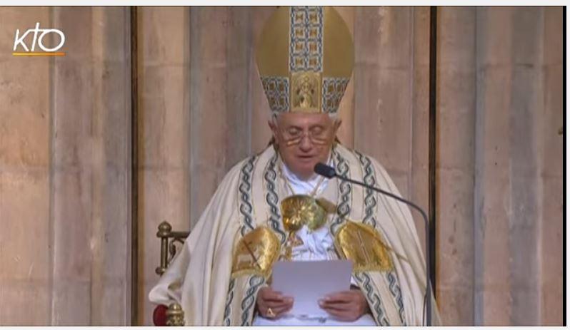 Mgr Aillet explique l'esprit de la liturgie selon Benoît XVI