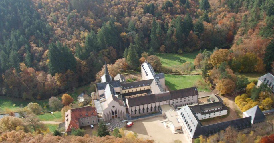 abbaye-de-la-pierre-qui-vir.1194259752