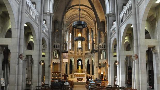 Rouen – Vénération des reliques de sainte Marguerite-Marie et de saint Claude La Colombière