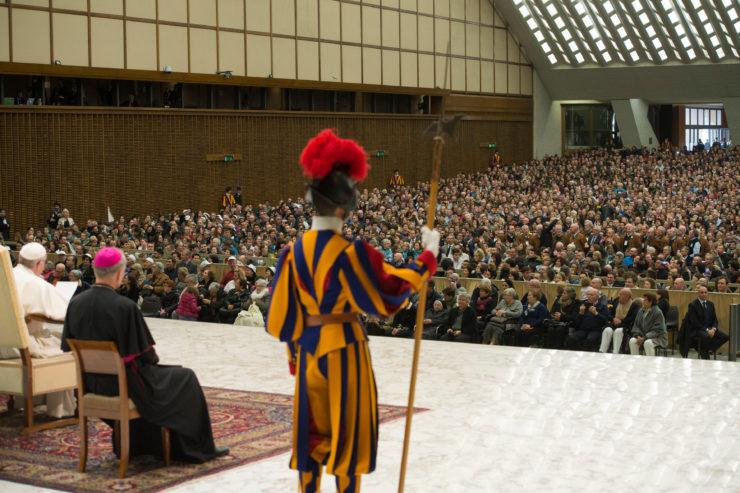 Le pape invite ceux qui sont confrontés aux défis de l'Europe chrétienne à puiser dans la prière