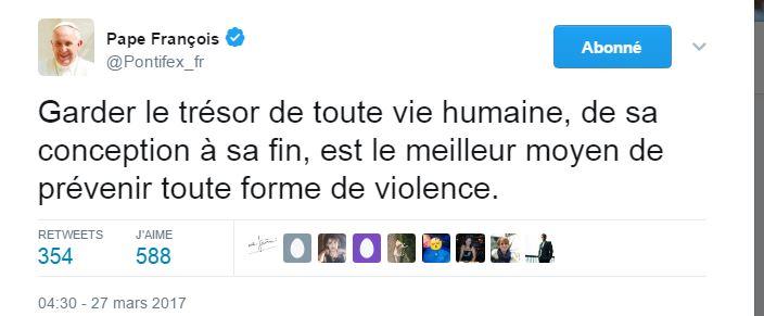 """@Pontifex  """"Protéger le trésor sacré de toute vie humaine, de sa conception jusqu'à la fin est la meilleur voie pour prévenir toute forme de violence"""""""