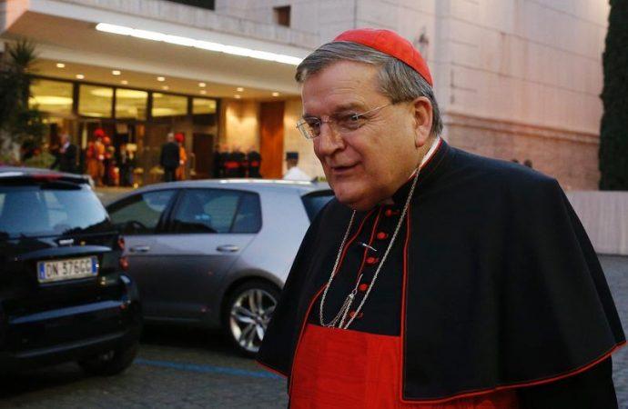 Amoris laetitia: le Cardinal Burke en appelle au Magistère de Pierre