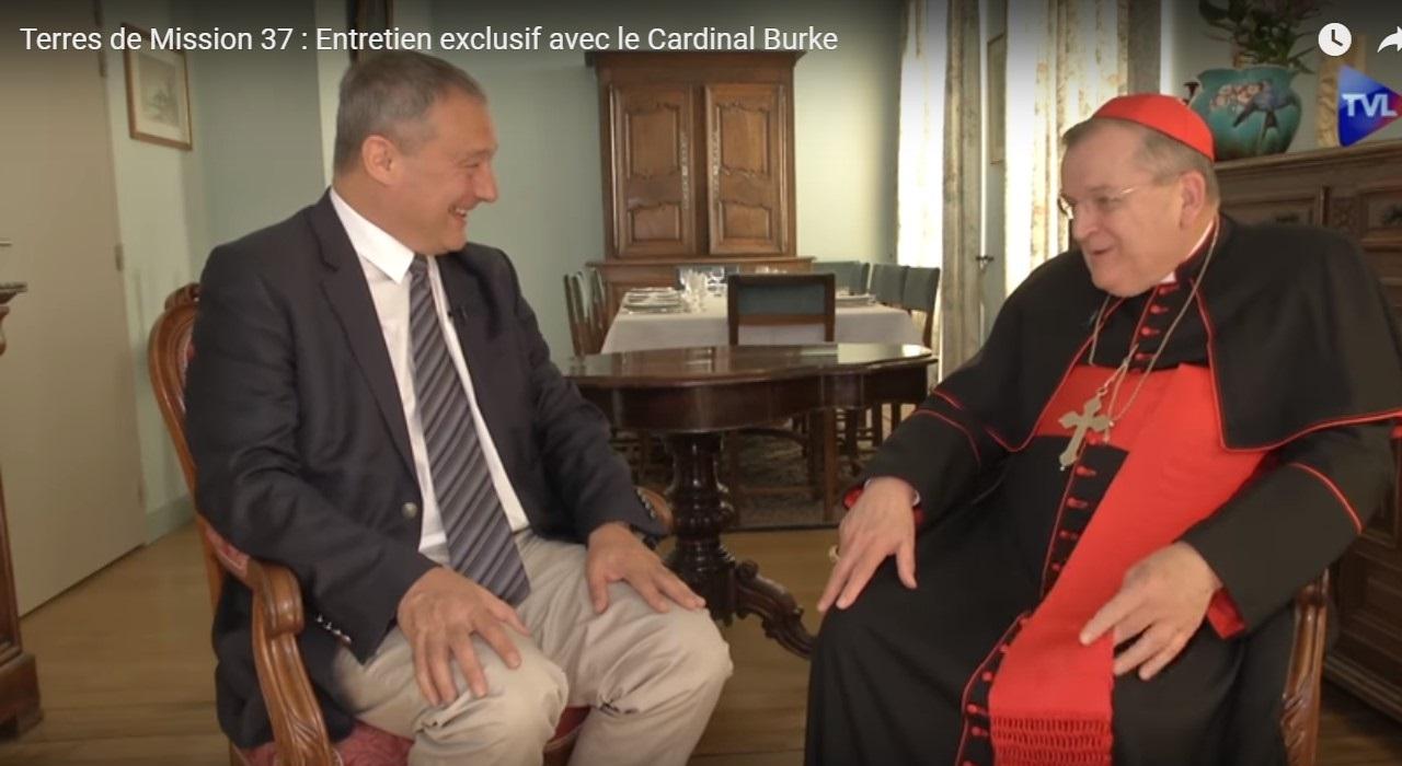 Pèlerinage de Chartres, Fatima, le 10° anniversaire du Motu proprio, les Dubia: entretien avec le Cardinal Burke