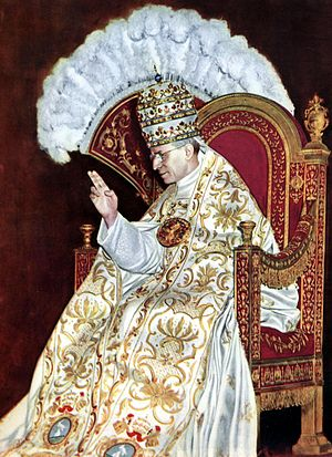 Le pape François prend la défense de Pie XII