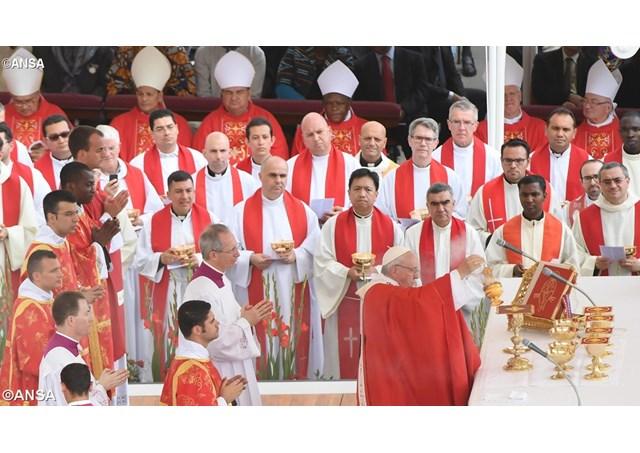 Persécutions – Le pape dénonce le silence complice