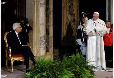 Travail, famille, migrants et laïcité – Le discours du pape au Quirinal