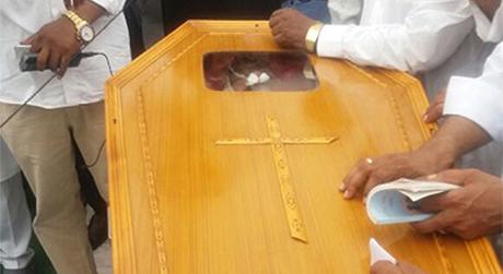 En Inde, des chrétiens manifestent après l'assassinat d'un pasteur