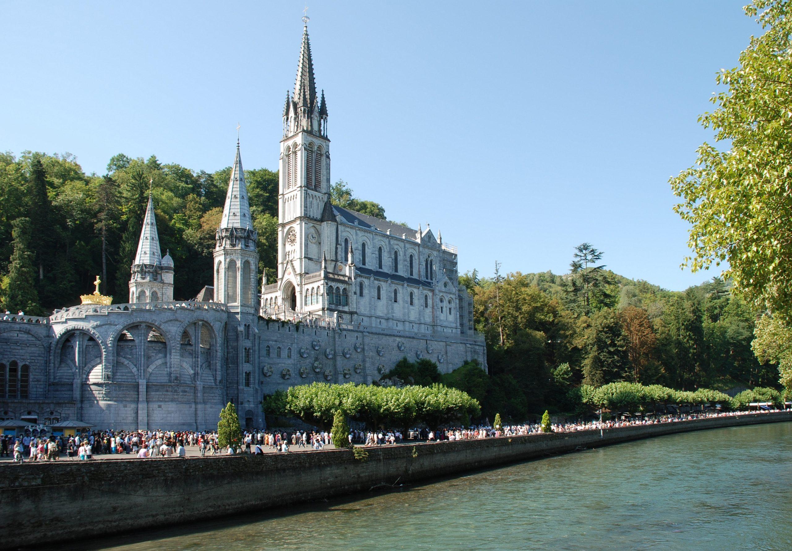 Lourdes: le recteur du sanctuaire lance un appel