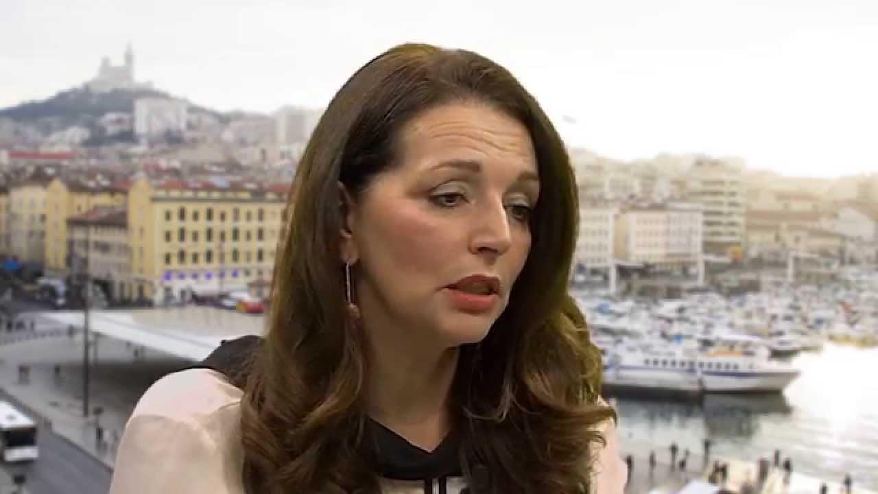 """Macron aux Bernardins – """"Il n'y avait rien sur le christianomépris"""" Valérie Boyer"""