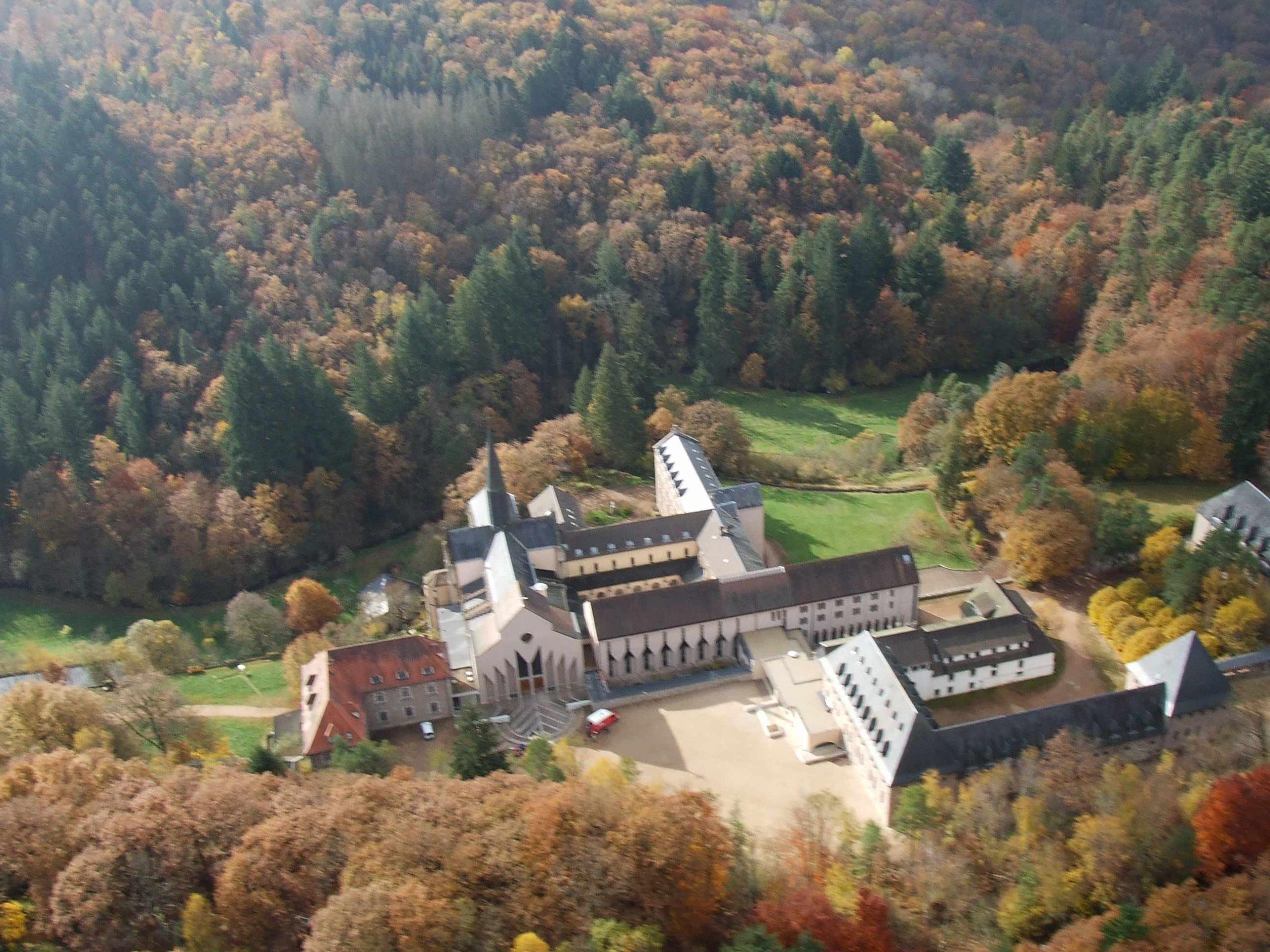 Faites le 18!  Retraite à l'abbaye de la Pierre-qui-Vire (89) les 15 et 16 décembre
