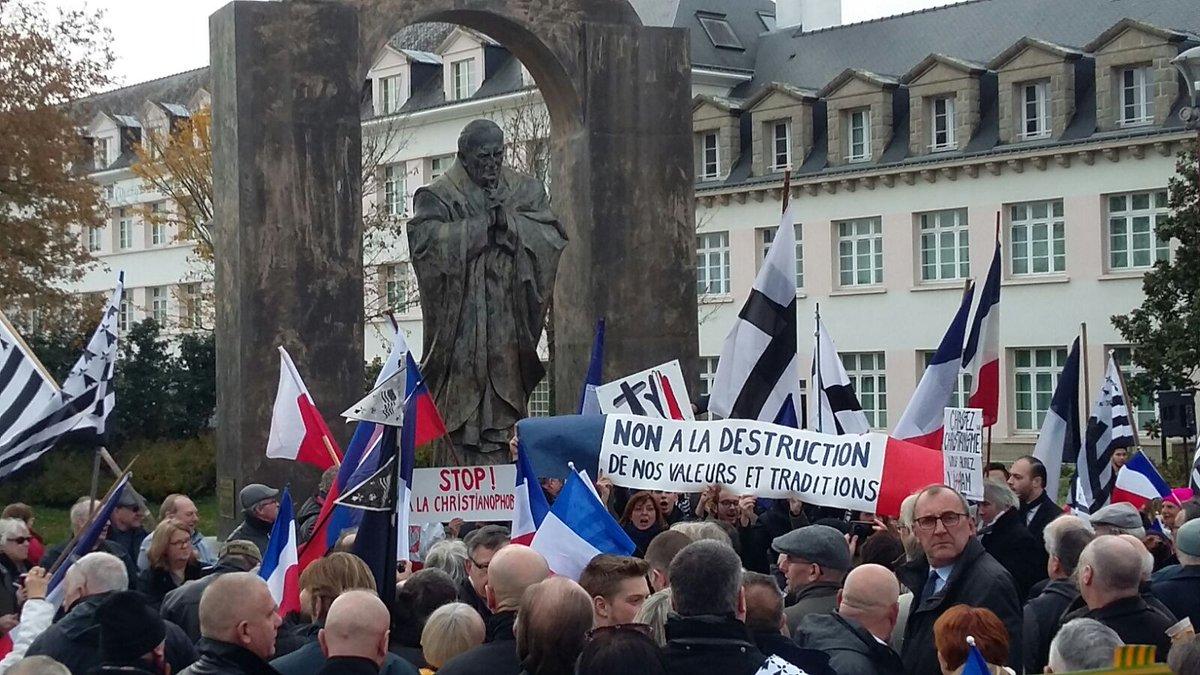 Ploërmel – Une manifestation sous le regard de la Pologne