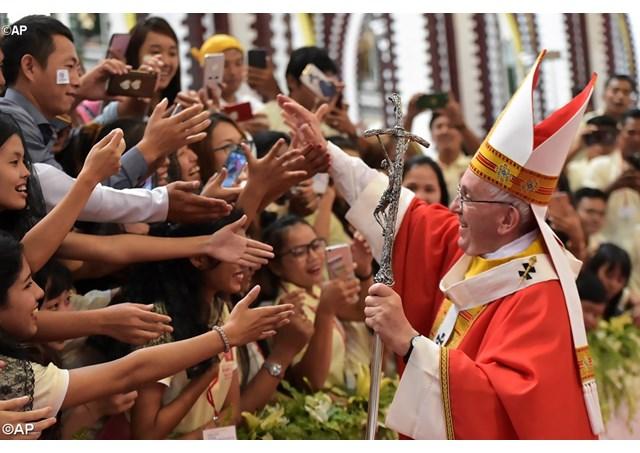 La visite «miraculeuse» du Pape en Birmanie a relancé l'espérance des catholiques locaux