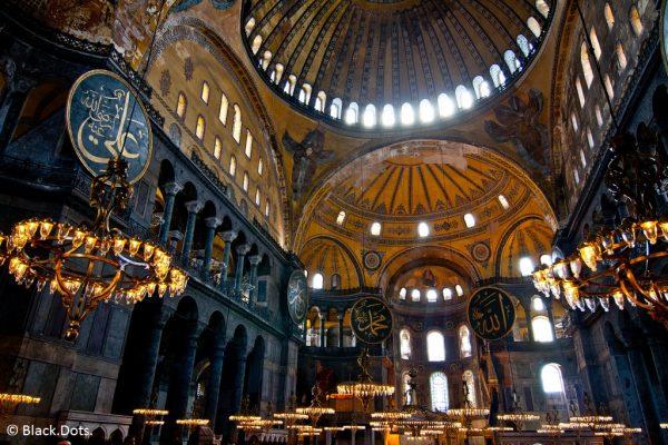 La Douma demande à la Turquie que Sainte-Sophie soit rendue aux chrétiens