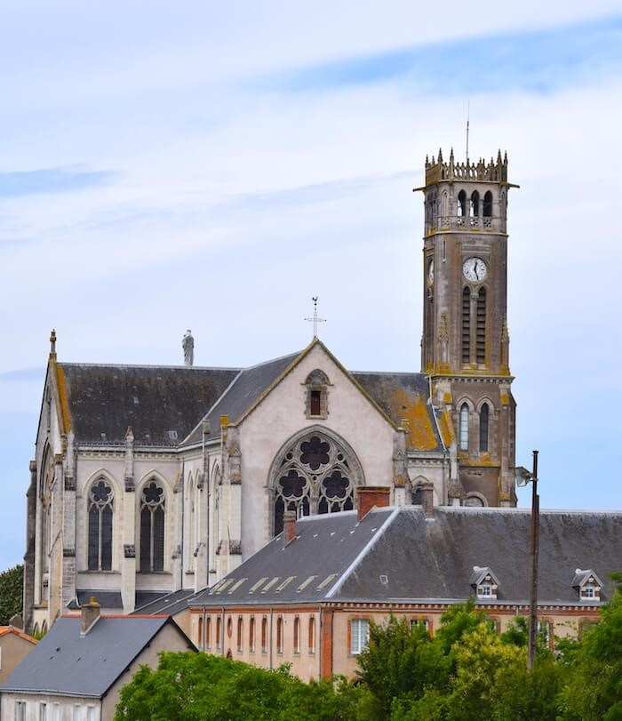 Abbaye Notre-Dame des Gardes: histoire, évolutions et … confitures!
