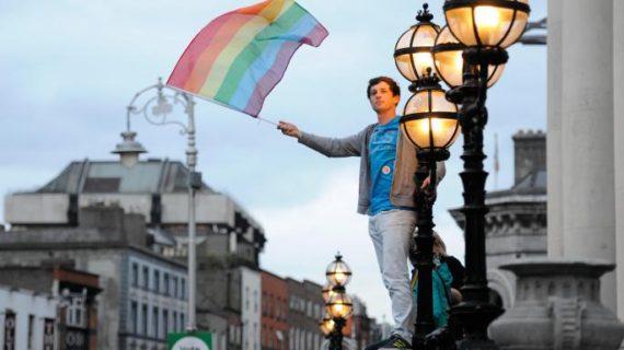 Bénédiction des couples homosexuels: un prêtre s'exprime sur la question