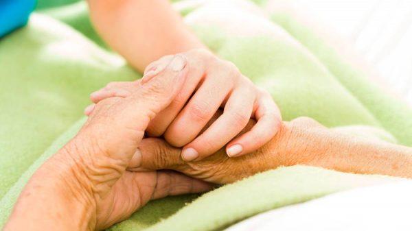 En 40 ans de pratique gériatrique, je n'ai jamais vu de souffrances ingérables
