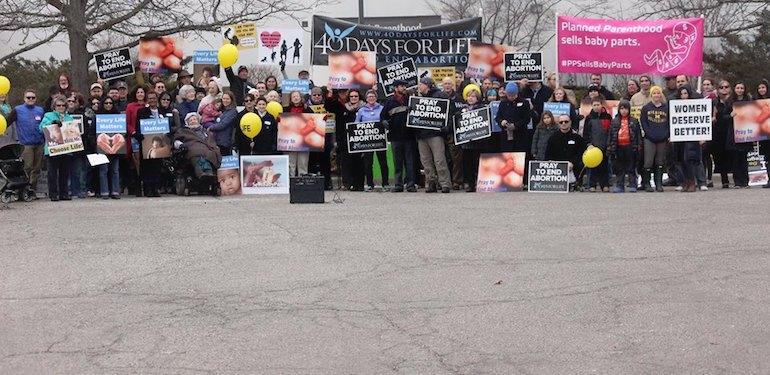 40 Days for Life! Un carême de prière contre l'avortement