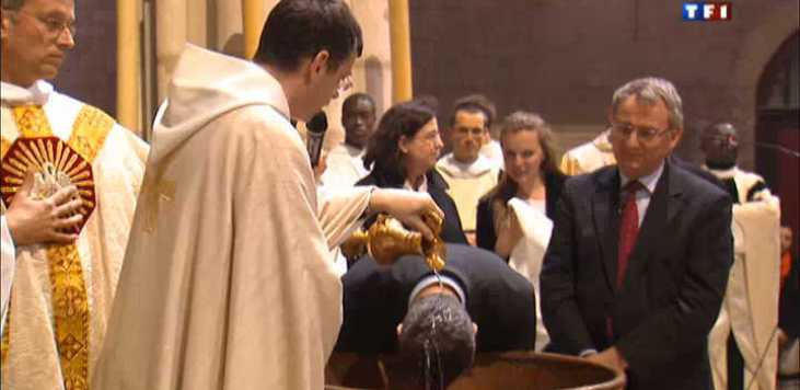 Baisse du nombre des baptisés de Pâques