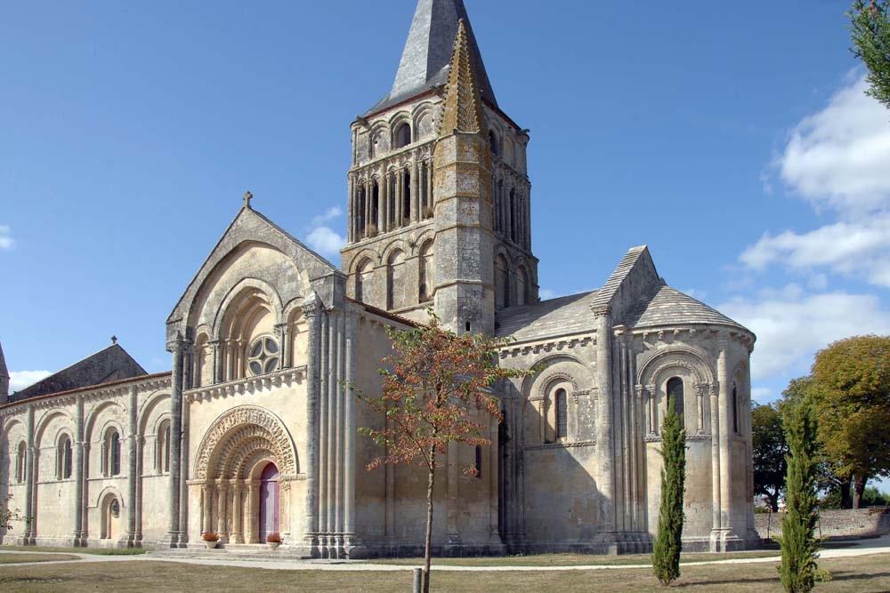 Festival de chant grégorien en l'église d'Aulnay-de-Saintonge (17) le 2 juin 2018