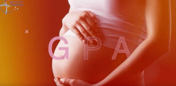 Accoucher de son petit-fils : la GPA intrafamiliale