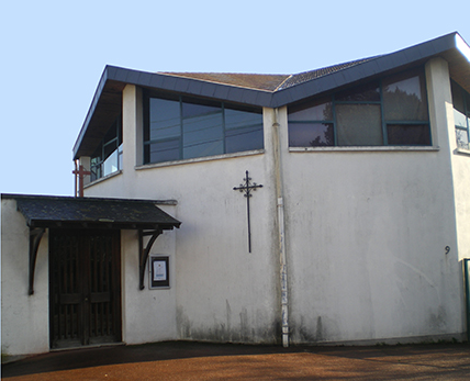Des associations pour l'accueil de migrants occupent illicitement un site du diocèse de Tours (37)