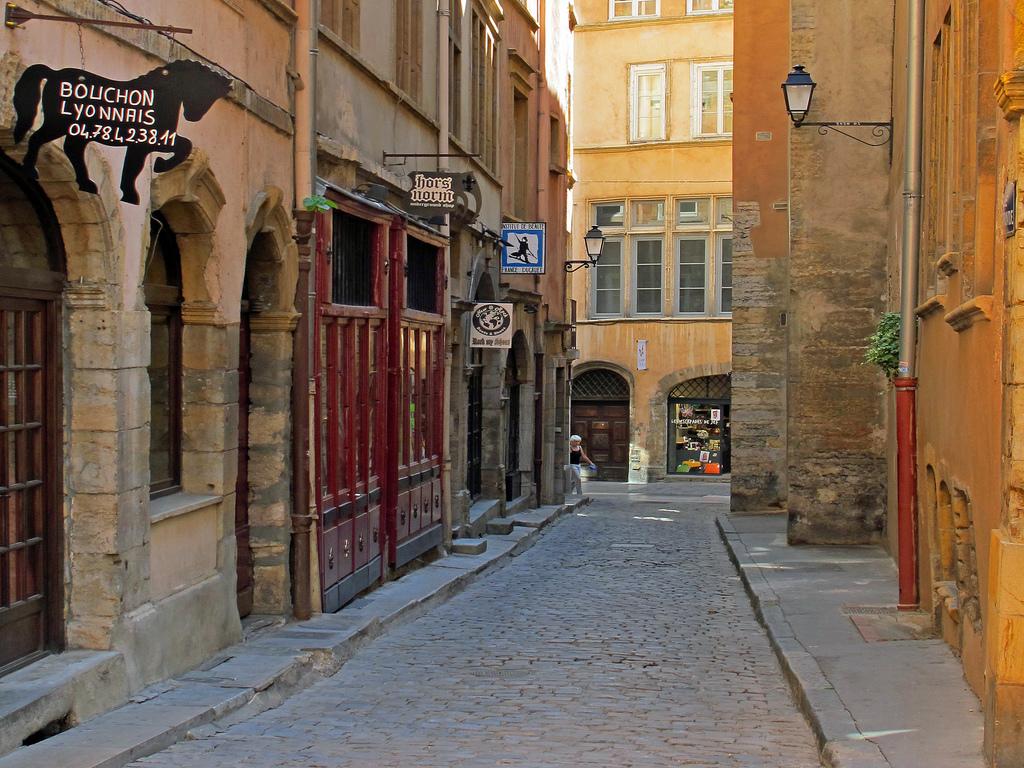 Les madones de Fourvière à la Quarantaine – Parcours autour des statues de saints et madones le 23 avril 2018 à Lyon (69)