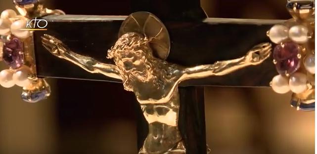 La vénération de la Vraie Croix de Baugé en Anjou (49)