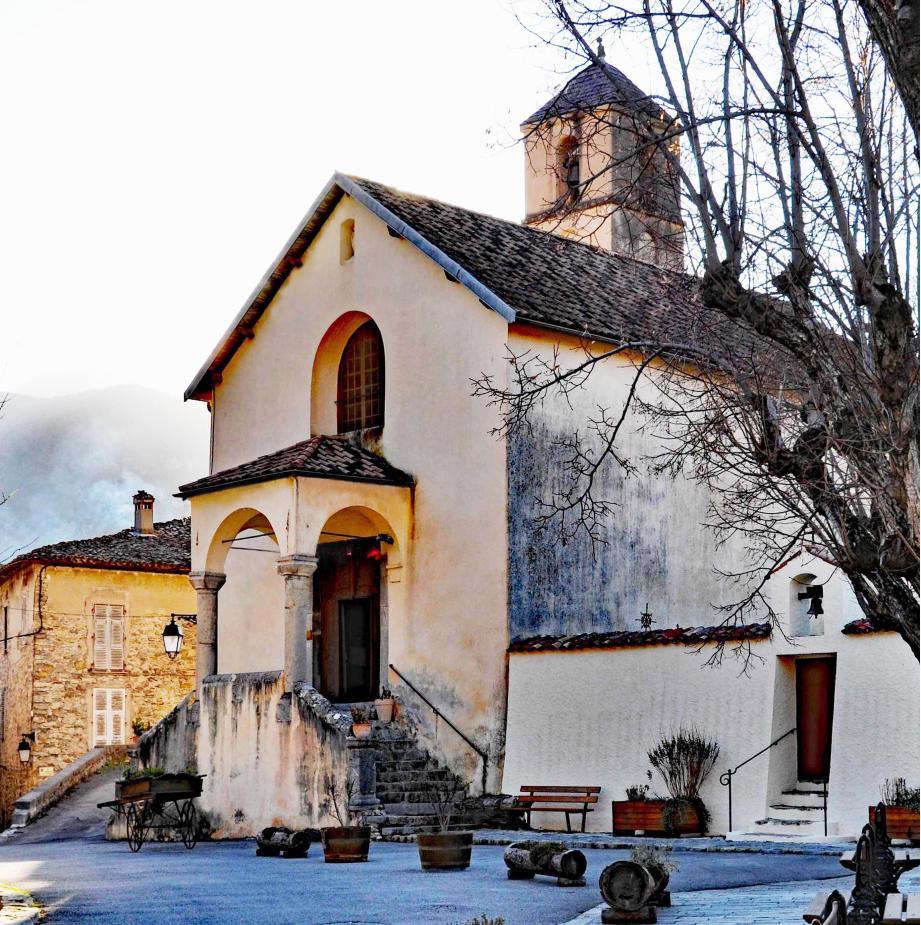 L'appel original d'un maire de la Côte d'Azur pour sauver l'église de sa commune