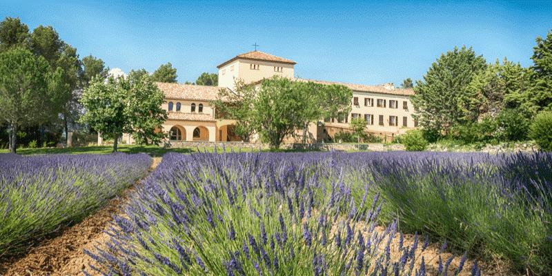 L'abbaye de Jouques: des soeurs qui rayonnent… en Provence!