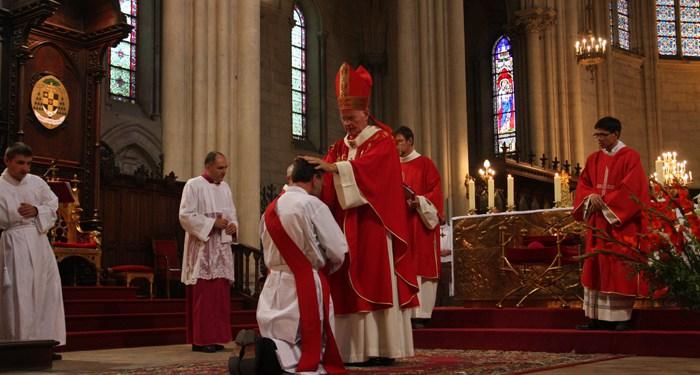 Ordination sacerdotale de Jérémie-Joseph AYROULET le 29 juillet 2018 à Saint-Joseph de Mont-Rouge (34)