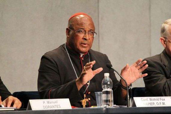 """Le cardinal Napier fait le lien entre les agressions sexuelles dans l'Eglise et l'""""activité homosexuelle"""""""