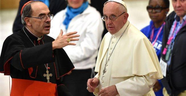 Pape François: Traiter la crise de crédibilité de l'Eglise