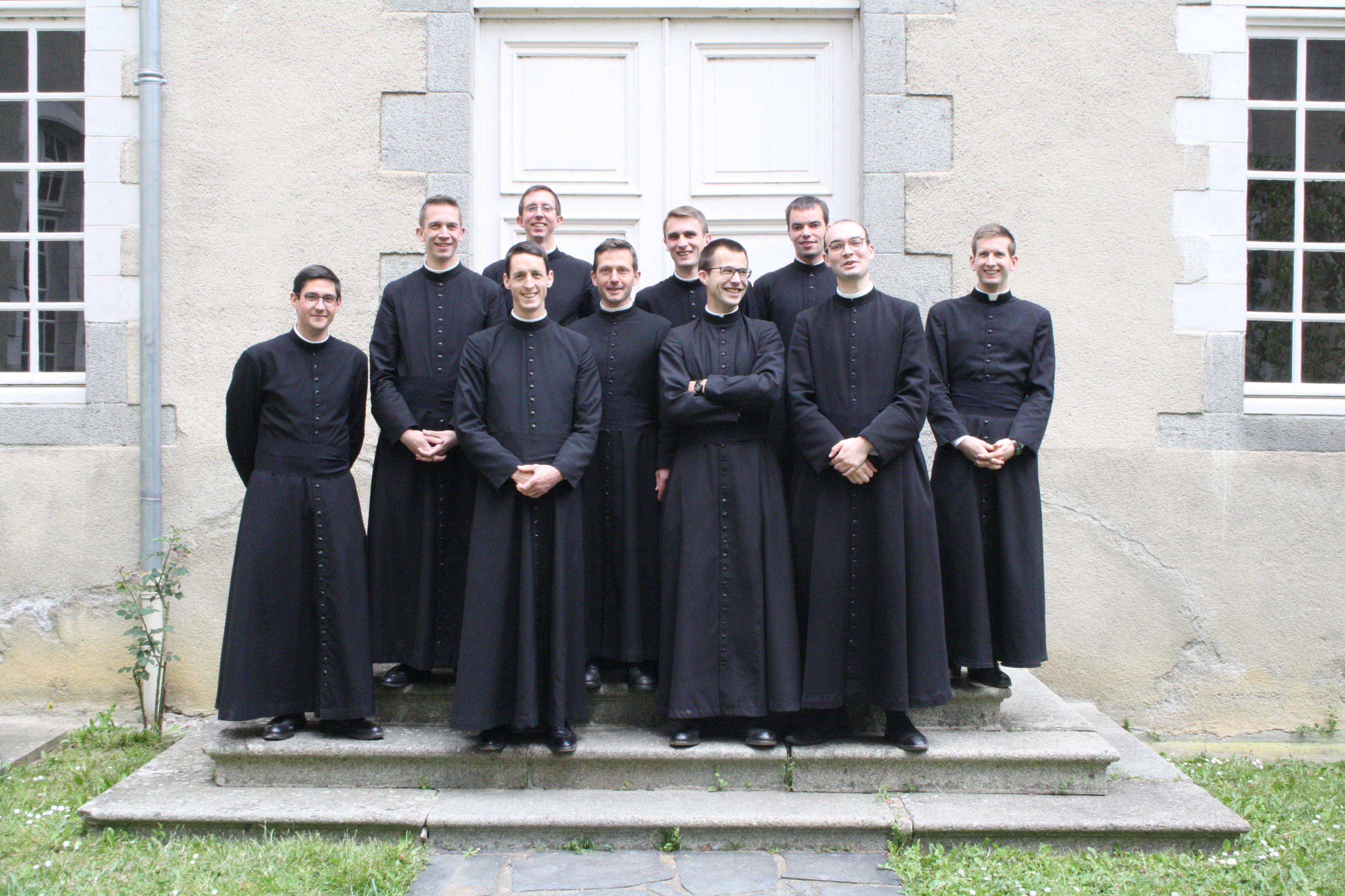 Le grand retour de la soutane chez les clercs