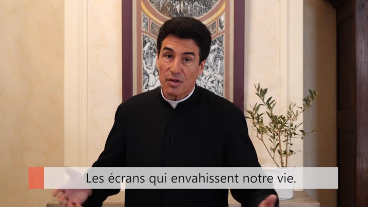 """Deux minutes pour vous #27 – Père Michel-Marie Zanotti-Sorkine – """"Les écrans qui envahissent notre vie"""""""