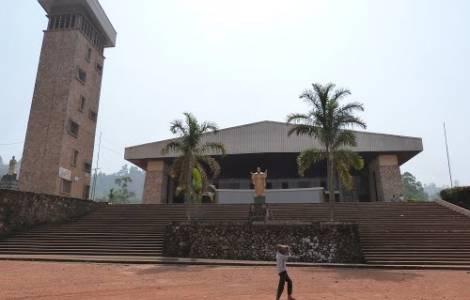 Cameroun: meurtre d'un séminariste de 19 ans par un groupe de militaire devant l'église paroissiale