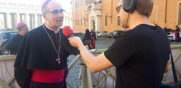 """Mgr Percerou : """"les jeunes ne veulent pas d'une Eglise bisounours"""""""