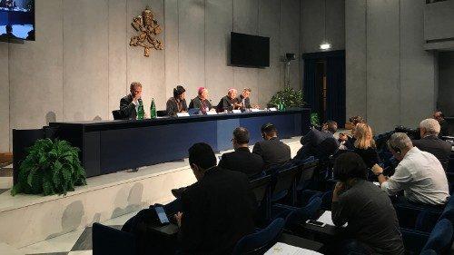 Synode : des jeunes australiens envoient un message en contradiction frontale avec l'idéologie qui règne à Rome