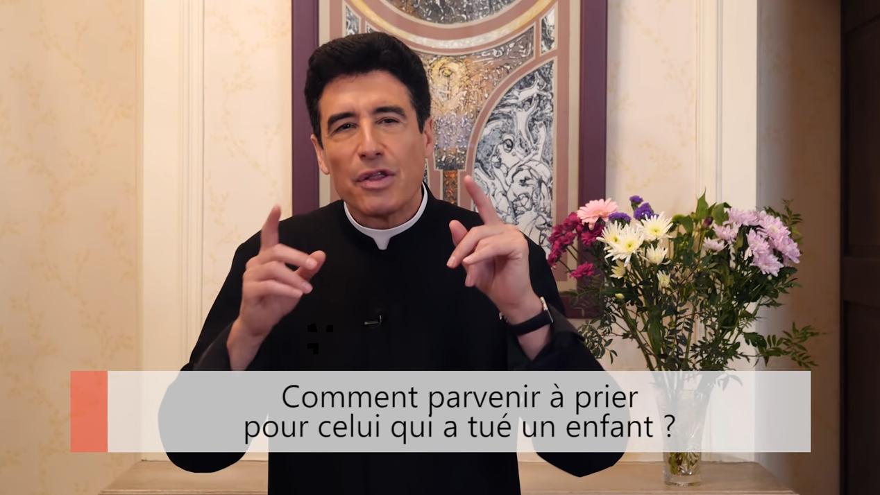 """Deux minutes pour vous #32 – Père Michel-Marie Zanotti-Sorkine – """"Comment parvenir à prier pour celui qui a tué un enfant?"""""""
