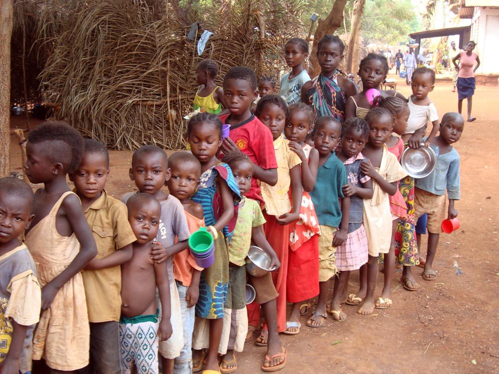 Centrafrique: un massacre dans un camp de réfugiés et dans la cathédrale