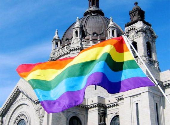 Une mise en lumière du rôle de l'homosexualité dans la crise actuelle des abus sexuels dans l'Eglise