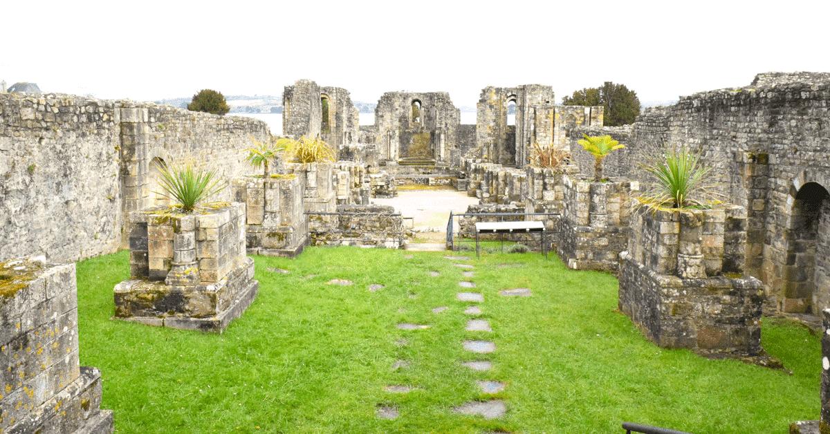 (Re)découvrez les ruines de l'abbaye bretonnes de Landévennec!